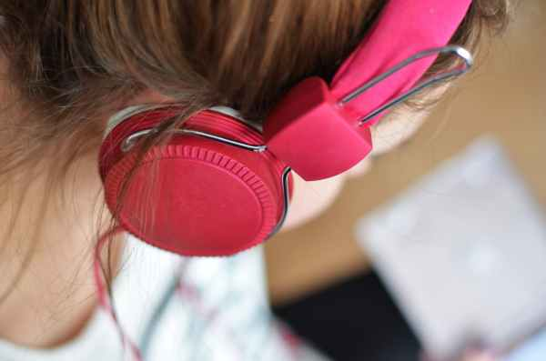 person-woman-music-pink.jpg